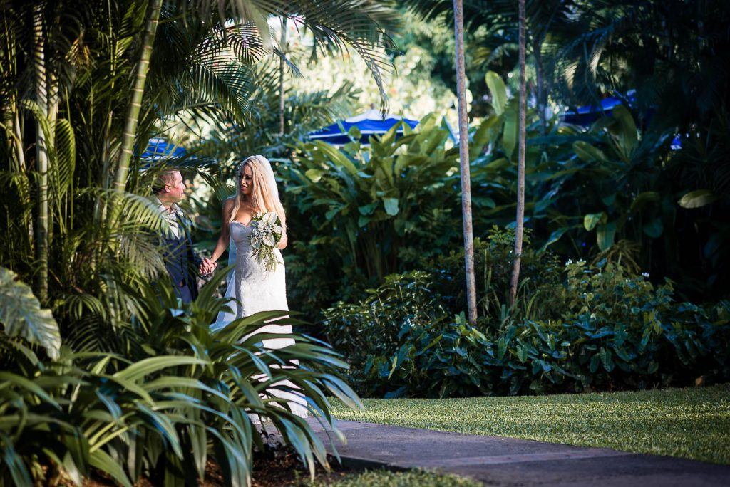 newly wed couple in a garden, st Lucia